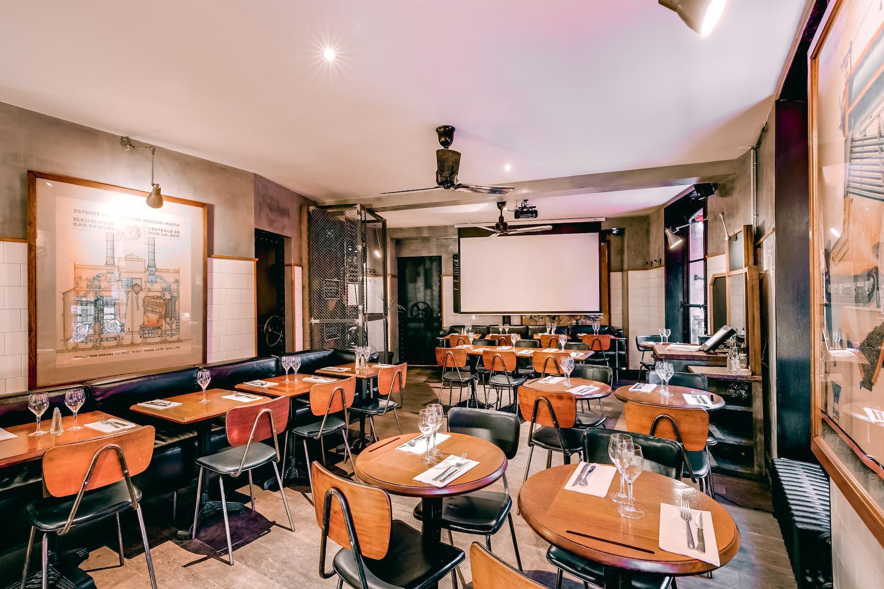 Salle à privatiser Café Paris 10